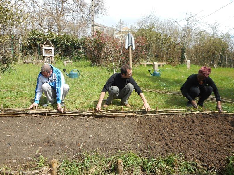 Atelier fascines au jardin de la Rousselette